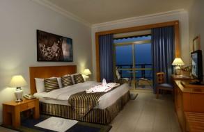 Atana-Khasab-room